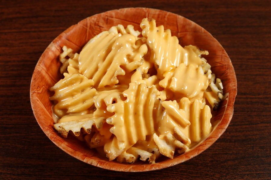 618074 Waffle Cheese Fries